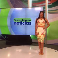 Las mejores presentadoras se visten de candelaria moda #vestido #ropa pedidos info whatsapp 3146806482 #mujer #yoamocandelaria #tv #teleantioquia #modelo #presentadora #outfit