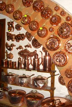 Home~The Vintage Kitchen Copper Pots, Copper Kitchen, Copper And Brass, Antique Copper, Copper Utensils, Copper Decor, Antique Stores, Cool Items, Tea Pots