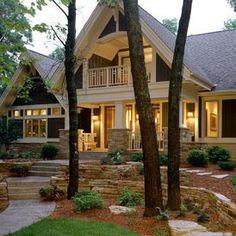 Craftsman style home with dramatic entry #setthetable #mohawkhome #americanrugcraftsmen