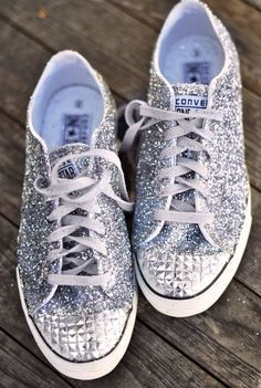 Glitter Sneaker DIY : Converse One Star for Target Diy Converse, Sparkle Converse, Converse Wedding Shoes, Converse One Star, Prom Shoes, Bedazzled Converse, Converse Design, Silver Converse, Converse Sneakers