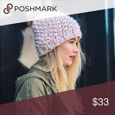💗Knit Pom Beanie💗 Chunky Knit Pom Pom beanie in blush! 💕💕 Stocking Stuffer 🎅🏼 Accessories Hats