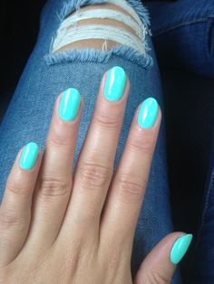 Almond shaped nails - my new shape. On trial run.