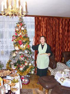 Prezenty świąteczne na Mikołajki i Boże Narodzenie. Zobacz najlepsze pożyczki na wydatki związane ze świętami Bożego Narodzenia, a więc na jedzenie, dekoracje i prezenty na http://www.get-money.pl