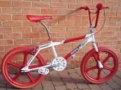 Cycling Art, Cycling Bikes, Cycling Quotes, Cycling Jerseys, Skyway Bmx, Bmx Wheels, Haro Bmx, Vintage Bmx Bikes, Gt Bmx