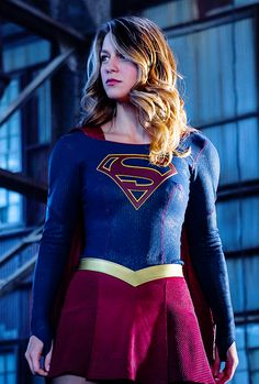 Find images and videos about Supergirl, melissa benoist and kara danvers on We Heart It - the app to get lost in what you love. Kara Danvers Supergirl, Supergirl Tv, Supergirl And Flash, Supergirl Pictures, Melissa Benoit, Melissa Supergirl, Melissa Marie Benoist, Movies And Series, Dc Super Hero Girls