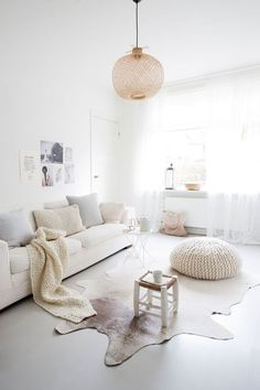 10 ways to create a scandinavian look Read full blog post and get more inspiration on www.scandinavianhomestaging.com