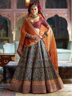 These lehenga shops in Chickpet Bangalore have some of the best bridal lehenga designs that are suited for all kinds of budgets. Indian Lehenga, Lehenga Sari, Lehenga Choli Wedding, Party Wear Lehenga, Blue Lehenga, Lengha Dress, Indian Bridal Outfits, Indian Bridal Fashion, Indian Bridal Wear