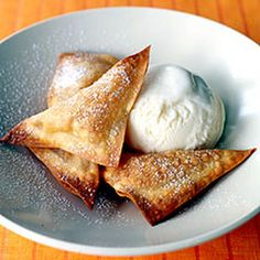 Apple-Cinnamon Wontons a la Mode - Weight Watchers