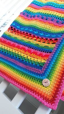 made by Mriek Crotchet Patterns, Crochet Blanket Patterns, Baby Blanket Crochet, Crochet Baby, Knit Or Crochet, Crochet Crafts, Crochet Stitches, Crochet Projects, Crochet Bedspread