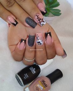 Clique na Foto e Receba + de 200 Ideias Internacionais de Unhas Pintadas. Cute Toe Nails, Love Nails, Pink Nails, Classy Nails, Stylish Nails, Trendy Nails, Best Acrylic Nails, Acrylic Nail Designs, Nail Art Printer
