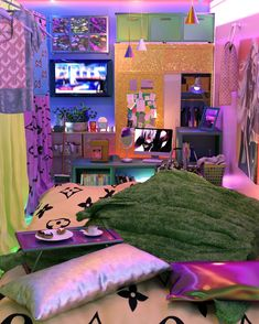 Cute Room Ideas, Cute Room Decor, Chill Room, Neon Room, Uni Room, Dorm Room, Retro Room, Room Ideas Bedroom, Bedroom Inspo