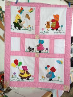 This post was discovered by Ed Baby Girl Quilts, Boy Quilts, Girls Quilts, Quilting Projects, Sewing Projects, Cute Quilts, Sunbonnet Sue, Foundation Paper Piecing, Doll Quilt