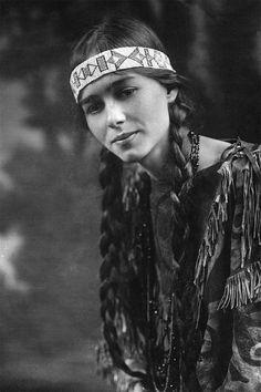 Native American (Cherokee?) woman