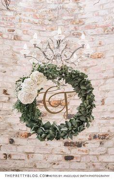 Mediterranean Inspired Feast: Francois & Corné's Wedding Mediterranean Wedding, Wedding Inspiration, Wedding Ideas, Hanging Flowers, Wedding Ceremony Decorations, Wedding 2017, Garden Wedding, Real Weddings, Wedding Stuff