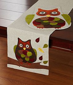 Elrene Home Fashions Nature Owl Table Linen Collection #Dillards - cute Thanksgiving linen.