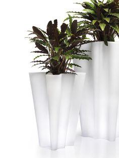 Vondom Pflanzgefäß Bye Bye 40x42x70cm kaufen im borono Online Shop