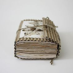 Oak Fragments by Lotta Helleberg - Wrap-around cardboard cover, eco printed interior pages, with some blank handmade paper sheets. Handmade Journals, Handmade Books, Handmade Notebook, Paper Book, Paper Art, Cut Paper, Cardboard Art, Journal Covers, Book Binding