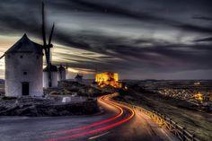 Rastros de historia. . .  Larga exposiciòn sobre  el Cerro Celerico,Consuegra, Toledo.