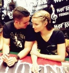 mark salling and diana agron relationship