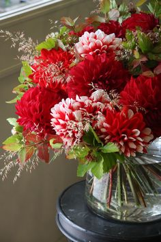 red and white dahlia arrangement