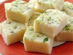 Mawa barfi is one of the simple Indian desserts with fewer ingredients. Learn how to prepare mawa burfi with our easy steps. Indian Desserts, Indian Sweets, Indian Food Recipes, Diwali Recipes, Halal Recipes, Curry Recipes, Cooking Recipes, Sweet Meat Recipe, Sweet Recipes