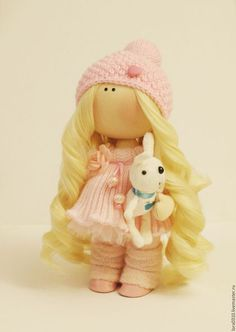 Купить или заказать Малышка в розовом в интернет-магазине на Ярмарке Мастеров. Нежная малышка несомненно украсит ваш дом.Станет прекрасным подарком на любой случай вам или вашим близким. Куколка стоит самостоятельно. Съемная только шапочка. Можно причесывать. ручки сгибаются.