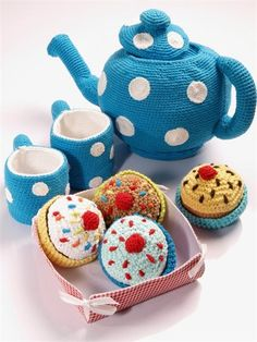 Crochet tea set  Need to make for Claire and Lily. Too cute!