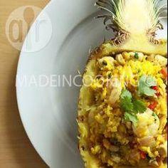 Photo recette : Riz à l'ananas, poulet et crevettes-Khao phad sapparod