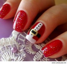 Santa s belt nails