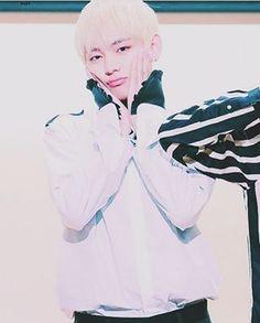 [161022] Taehyung @ Fansign 'WINGS' in Myeongdong. . ©need u baby. . [#방탄소년단 #비티에스 #뷔  #김태형 #태형 #kpop #bts #bangtan #bangtanboys #v #taehyung #kimtaehyung #rapmonster #namjoon #jin #suga #jimin #parkjimin #jhope #jungkook]