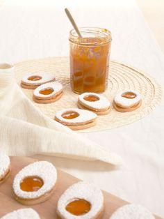 Recette & Biscuits «œufs de Pâques» – Loïcia Itréma Panna Cotta, Biscuits, Ethnic Recipes, Blog, Chocolates, Crack Crackers, Dulce De Leche, Cookies, Biscuit
