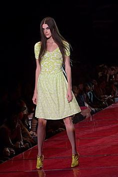 Versus Versace Spring 2000 Ready-to-Wear Collection Photos - Vogue