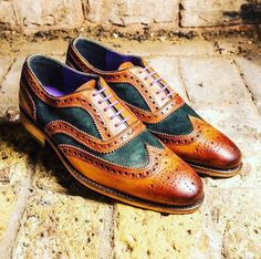 #evesandgray Classic Brogue with the twist ☘️ #shoes #Elegance #Fashion #Menfashion #Menstyle #Luxury #Dapper #Class #Sartorial #Style #Lookcool #Trendy #Bespoke #Dandy #Classy #Awesome #Amazing #Tailoring #Stylishmen #Gentlemanstyle #Gent #Outfit #TimelessElegance #Charming #Apparel #Clothing #Elegant #Instafashion