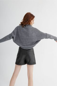 This bolero knitting pattern features a loose fit cardigan, ideal for an all-day outfit. #knittingpatternpdf #boleroknitpattern #pdfknittingpattern #boleroknitwear #knitboleropattern #cardiganpattern #cardiganknitpattern #knitcardiganpdf #boleroknittingpattern Bolero Pattern, Cardigan Pattern, Knit Cardigan, Loose Fit, Outfit Of The Day, Amy, Knitwear, Knitting Patterns, Stitch