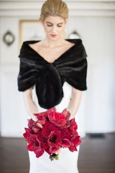 NYE wedding: http://www.stylemepretty.com/rhode-island-weddings/newport-ri/2015/07/07/elegant-new-years-eve-wedding-2/ | Photography: Carrie Rodman - http://carrierodmanwedding.com/