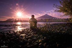Si planeas ir al #SurDeChile no puedes dejar de visitar #Pucón. 😍😁 Un destino lleno de acctividades increíbles como ascendeer el #VolcánVillarrica 🗻⛰ En este tour no debes preocuparte por nada, solo debes traer gafas de sol, protector solar, agua y snacks ☀🕶🥪 Reserva tu cupo en el link👍 #Chile