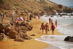 Offerta di SettembreVillaggio Naturista in Calabria. Spiaggia privata, ristorante, market,animazio[...] Naturalist Family, Reisen In Europa, Nude Beach, Beach Scenes, Bungalows, National Parks, Camping, Hotels, Places