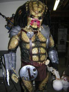 DIY Predator Costume - O_O