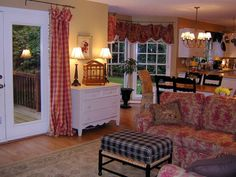 Cozy country inspired great room This is going to be my paint color for my living room. I see the dining room table is like mine and I love how they painted the chairs black. I'm gonna do that too! - Fox Home Design French Country Kitchens, French Country Living Room, French Country Cottage, French Decor, French Country Decorating, Style At Home, My Living Room, Home And Living, Casas Country