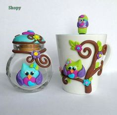Porcelain Stories From China To Europe Info: 3393606329 Clay Jar, Clay Mugs, Polymer Clay Owl, Polymer Clay Jewelry, Clay Art Projects, Cute Clay, Clay Miniatures, Paper Clay, Jar Art