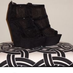Black shoes Black wedge open toe sandals with mesh like design. Comment size for another listing to purchase. Zigi Soho Shoes Sandals