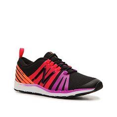 new balance 811 lightweight cross training shoe