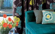 Last Trending Get all images teal home accents Viral teal upholstery and brown dry Teal Chair, Teal Sofa, My Living Room, Living Room Furniture, Home Furniture, Teal Home Decor, Home Decor Kitchen, Home Accents, Teal Accents