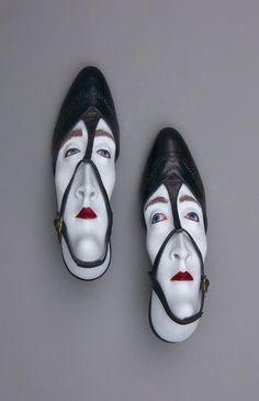 Los zapatos de Gwen Murphy tienen personalidad   #Arte, #escultura © Gwen Murphy I Cóctel Demente