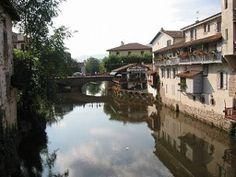 #Saint-Jean-Pied-de-Port ligt op de #pelgrimsroute naar #Santiago de #Compostela