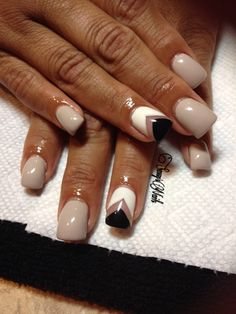 Nails by Cecilia Castillo