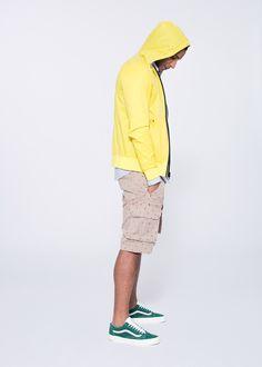 Rainjacket with polka-dot bermuda. SUN68 Man SS15 #SUN68 #SS15 #man #polkadots