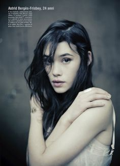 "Astrid Berges-Frisbey -- mermaid at ""Pirates of the Caribbean 4"""