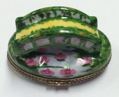 Limited-Edition-26-750-French-Limoges-Box-Bridge-In-Greenery-W-Waterlily-Pond