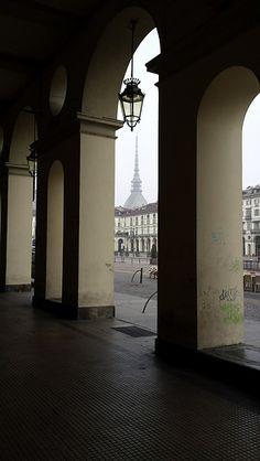 Torino, i portici di Piazza Vittorio